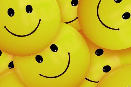 Wat betekenen al die smiley's en emoticons